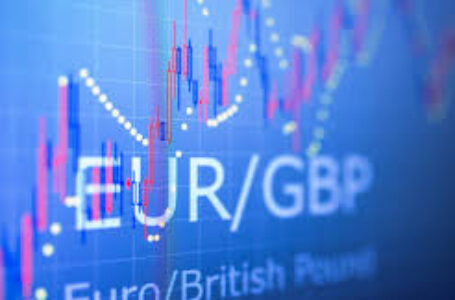 EUR/GBP rebounds modestly from key resistance just above 0.8850