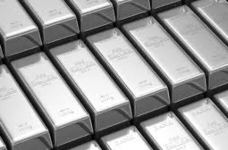 Silver Price Analysis: XAG/USD pulls back from key hurdle to revisit sub-$26.00 area