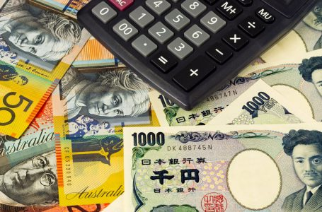 AUD/JPY eases from intraday top to attack 82.00 on mixed Aussie employment figures