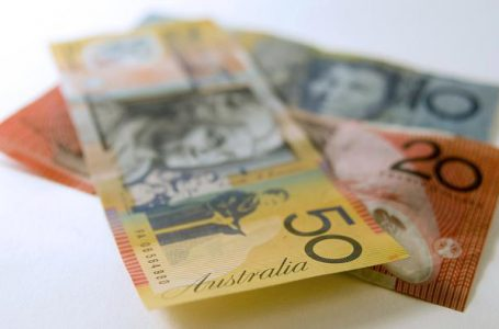 AUD/USD clings to modest gains above 0.7600 mark, lacks follow-through