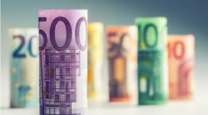 EUR/USD drops towards 1.1850 amid dollar's rebound, ahead of US CPI