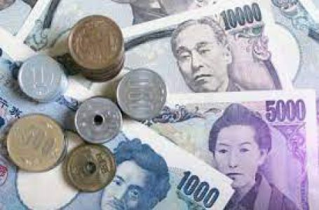 USD/JPY rises modestly, trades above 110.60 after strong NFP report