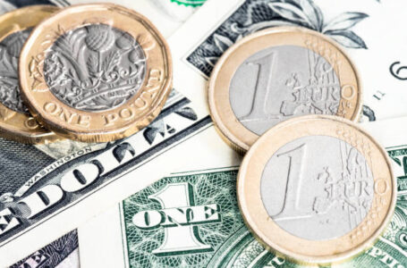 GBP/USD: Remains defensive near 1.4100 on renewed USD strength ahead of US data
