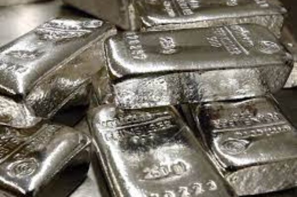 USD/INR Price News: Indian rupee consolidates weekly gains above 74.00 on USD rebound